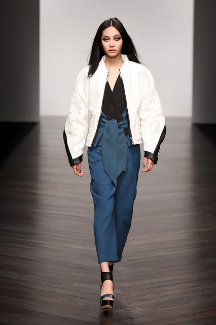 Jean-Pierre Braganza Womenswear Autumn Winter 2013  (23)