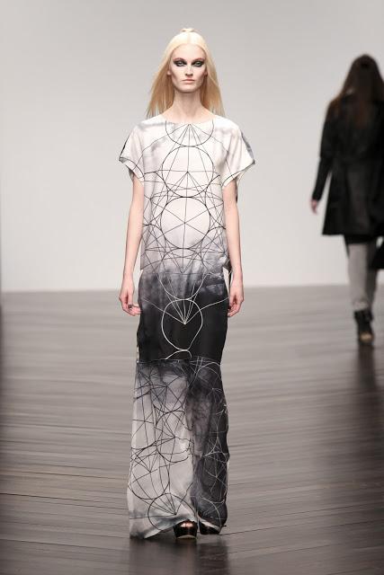 Jean-Pierre Braganza Womenswear Autumn Winter 2013  (4)