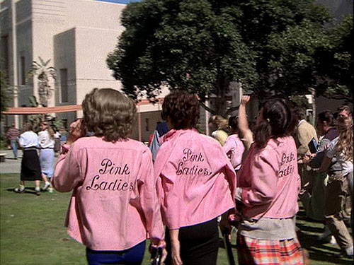 grease_pink-ladies_marty_6